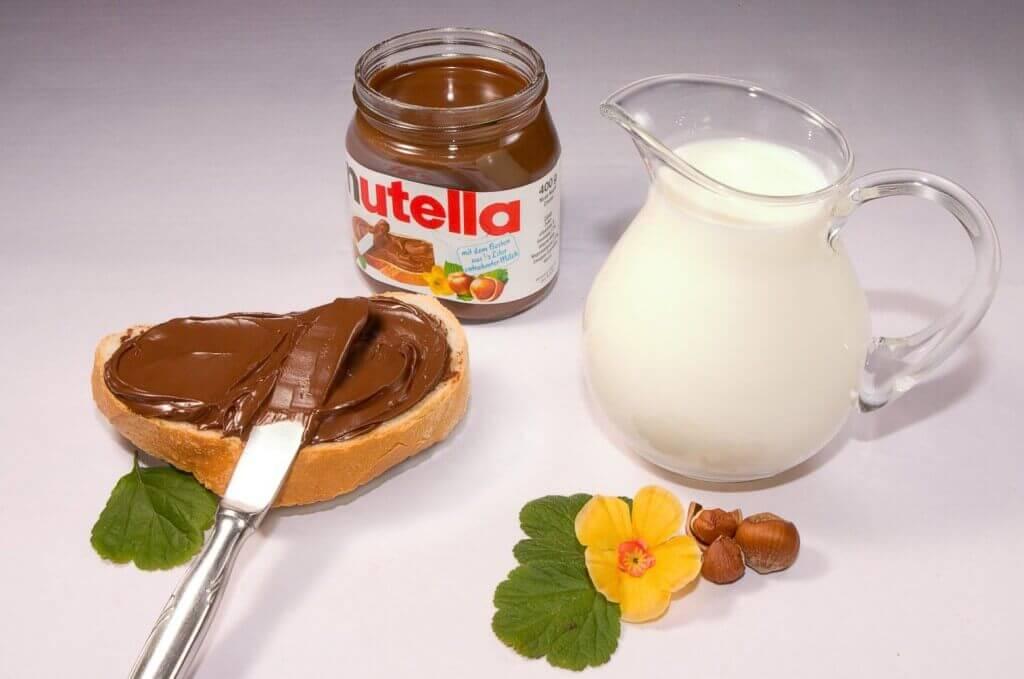 Nutella, la crema spalmabile a base di nocciole più famosa al mondo.