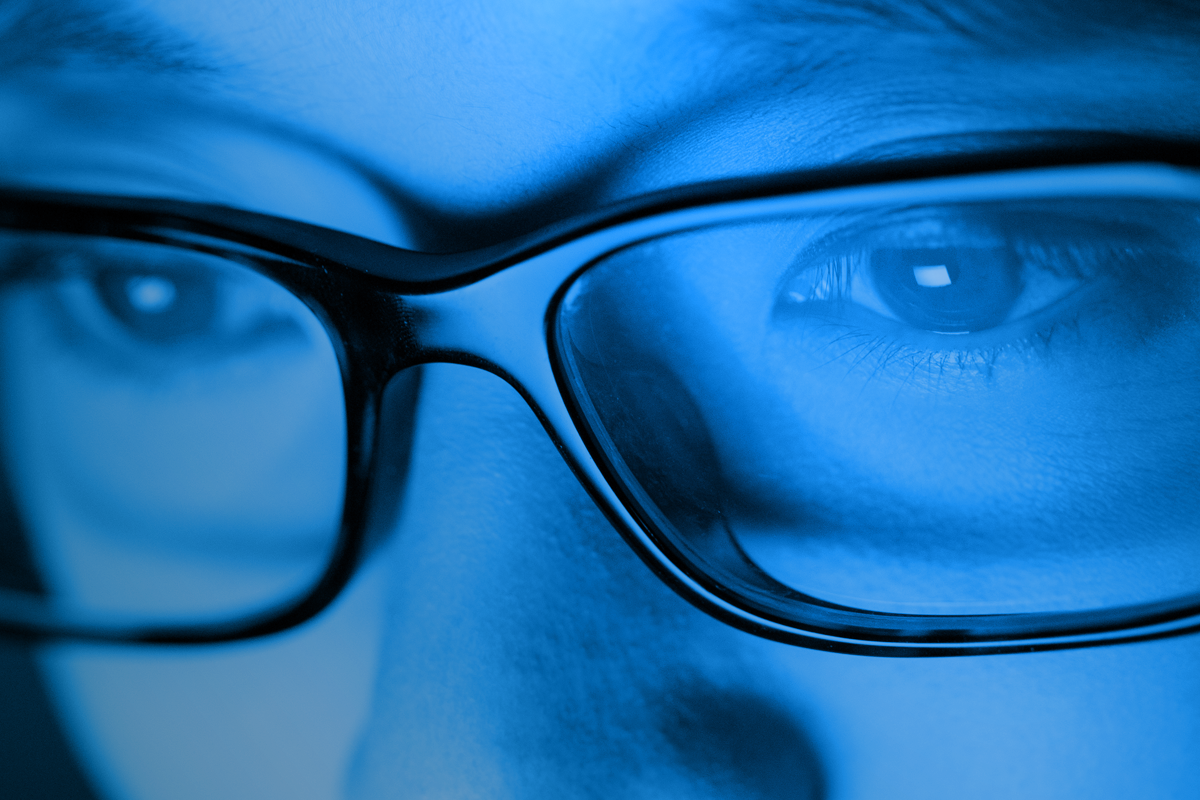 Luce Blu: Come Proteggere La Tua Vista ed evitare problemi alla vista